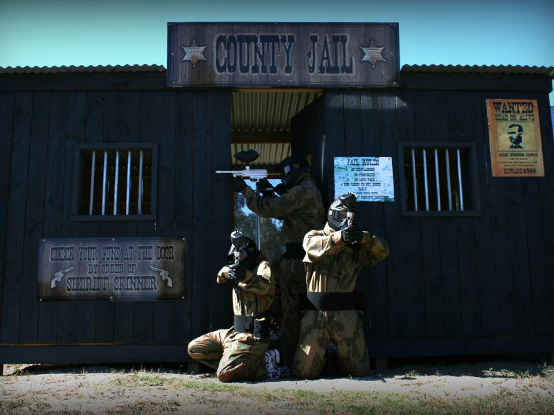 Bonneys Paintballing Location Image 2